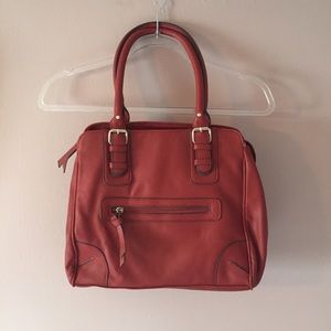 CATO RED VEGAN LEATHER FALL SHOULDER BAG